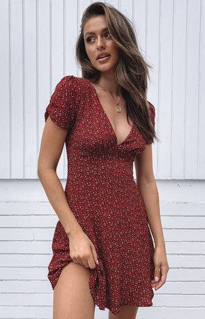 https://files.beginningboutique.com.au/Billie+Mini+Dress.mp4
