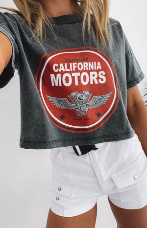https://files.beginningboutique.com.au/California+Motors+Cropped+Boxy+Tee+Black+Acid+Wash.mp4