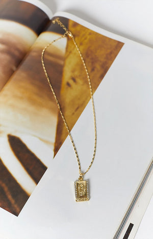 Eclat Tate Pendant Necklace Gold
