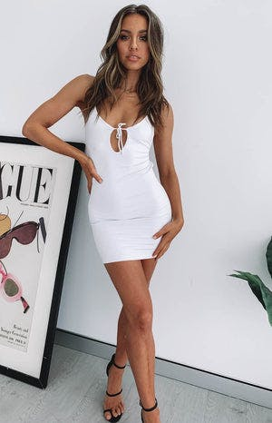 https://files.beginningboutique.com.au/Fake+Smile+Mini+Party+Dress+White.mp4