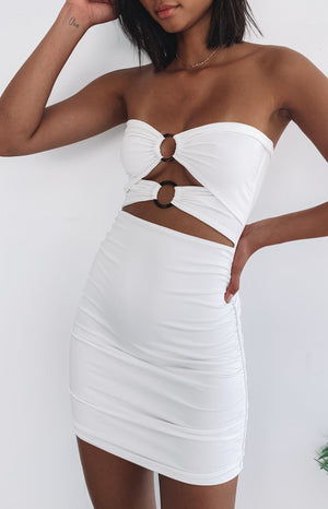 https://files.beginningboutique.com.au/white+dress+with+clasps.mp4