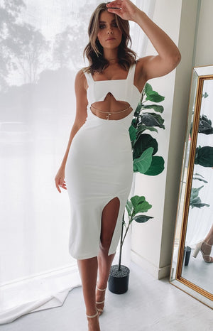 https://files.beginningboutique.com.au/Eve+Dress+White+.mp4
