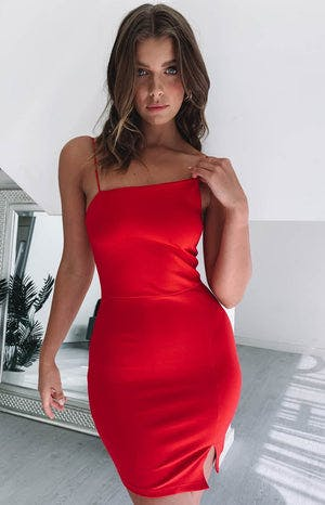https://files.beginningboutique.com.au/Internal+Affairs+Asymmetric+Dress+Red.mp4