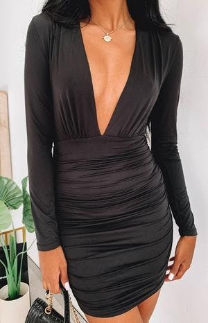 https://files.beginningboutique.com.au/Kali+Dress+Black.mp4