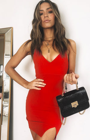 https://files.beginningboutique.com.au/Obsession+Party+Dress+Red.mp4