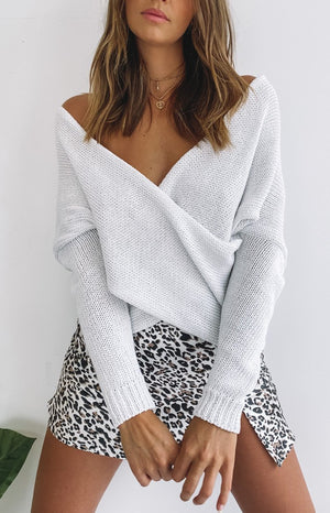 https://files.beginningboutique.com.au/20200106-SNDYS+Dbl+Crossed+Knit+Cream.mp4