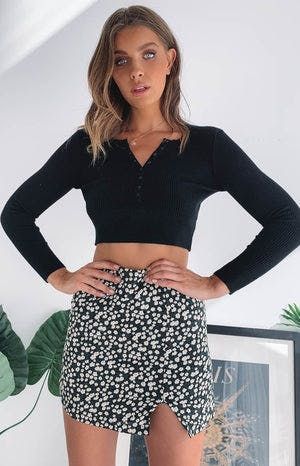 https://files.beginningboutique.com.au/Sunday+Morning+Skirt+Daisy+.mp4