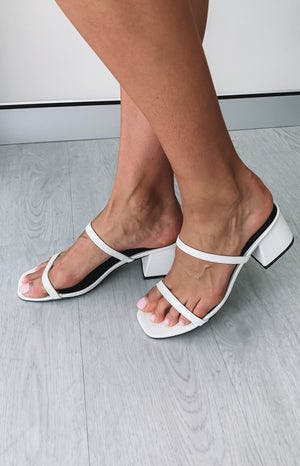 Therapy Goldie Heels White