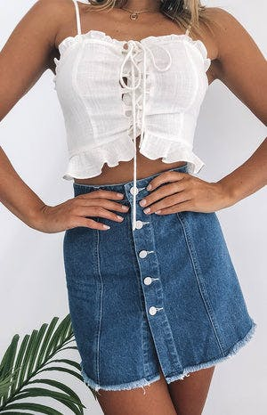 https://files.beginningboutique.com.au/Alexis+Skirt+Denim.mp4
